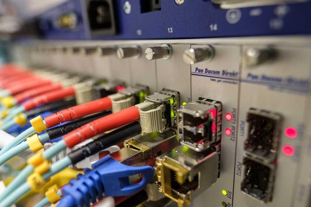 Rozwiązanie problemu pary z telekomunikacją, vodafone, fastweb itp.