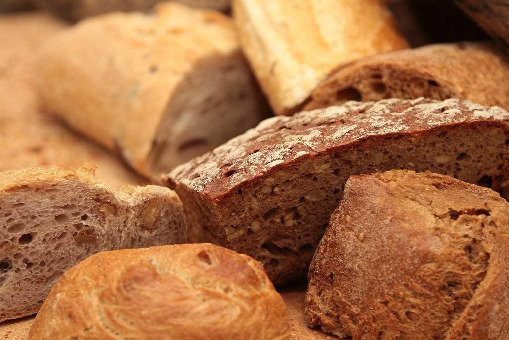 Przepis domowej roboty Toskański chleb